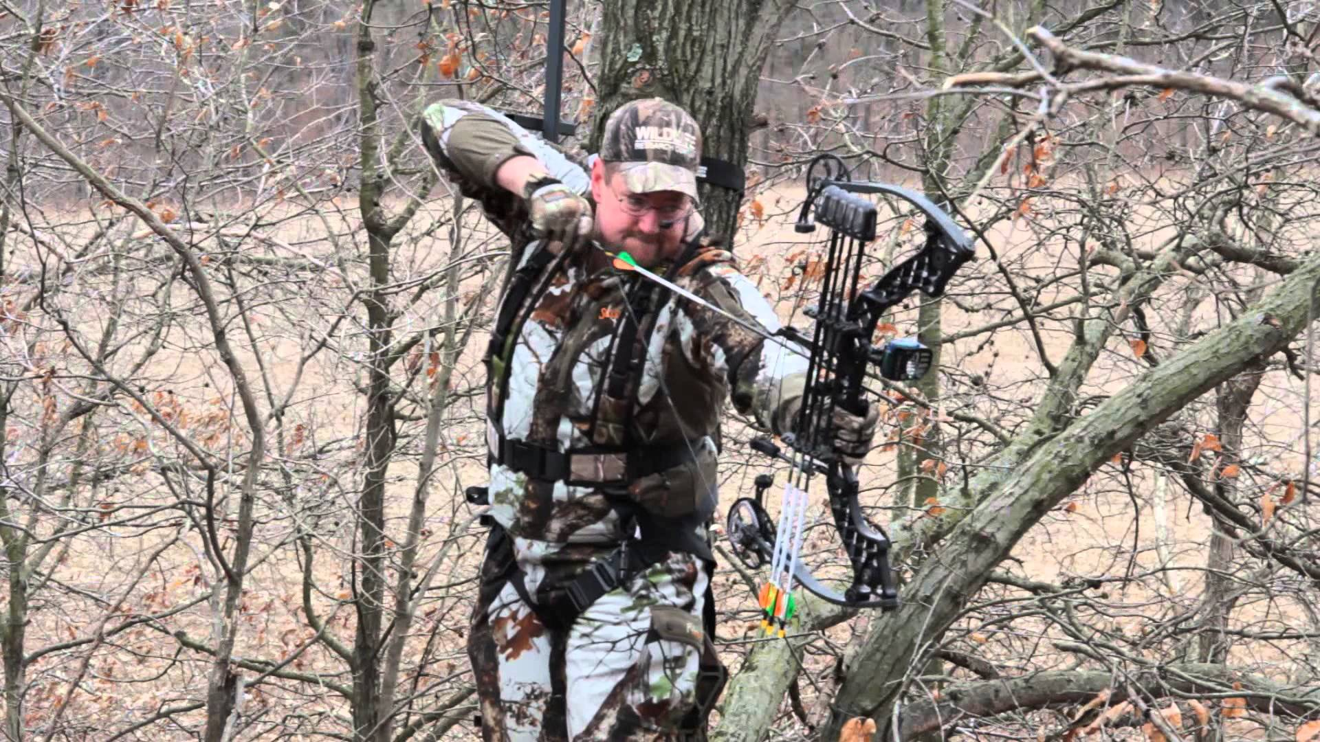 Deer Hunting : Deer Hunting Weapons And Safety