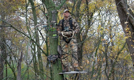 standing on the tree for hunting rut